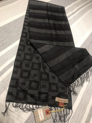 Mans scarf Robert Graham brand clothing for Sale in Chesapeake, VA