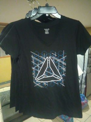 Women's Reebok T-shirts (BRAND NEW) for Sale in Queens, NY