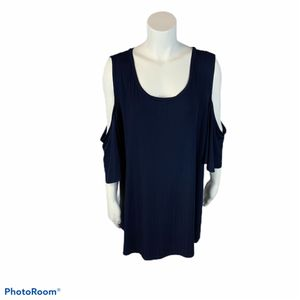 Women's Ava & Vic navy cold shoulder top size 3x for Sale in Surgoinsville, TN