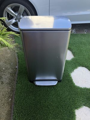 $$Free$$ Simple Human Stainless Steel Trash Can for Sale in San Diego, CA
