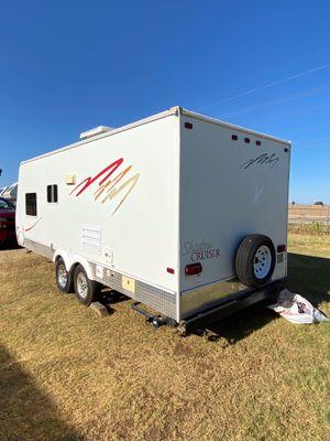 Busco alguien k aregle aires acondisionados de camper for Sale in Phoenix, AZ