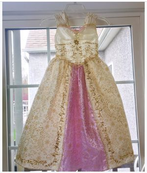 """Rapunzel's Wedding Dress (LIST OF OTHER DISNEY GOWNS IN DESCRIPTION) with pearl accented shoes, 30"""" crown/blonde braid, jewelry. for Sale in Hopewell Township, NJ"""
