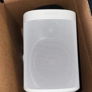 Sonos Speaker Gen 2 White for Sale in Los Angeles, CA