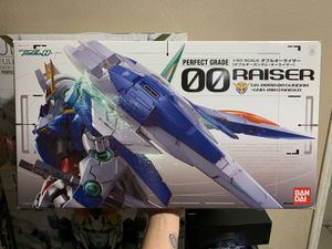 1/60 Perfect Grade 00 Raiser Gundam for Sale in Inglewood, CA