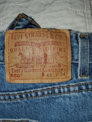 Levi's 44w 34 lg for Sale in Martinez, CA