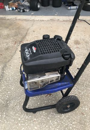 Six horse vertical shaft Briggs & Stratton engine only used once for Sale in Spring Hill, FL