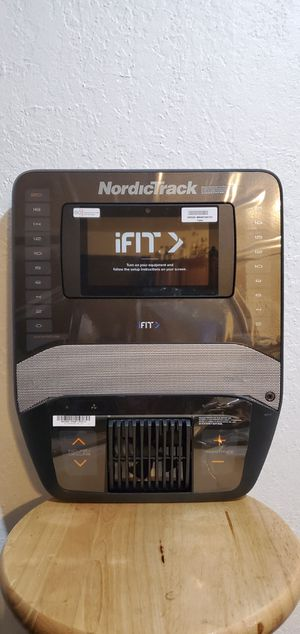 NordicTrack Elite 10.9i Elliptical Consol for Sale in San Leandro, CA