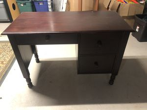Pottery Barn (Catalina) kids desk for Sale in Newtown, PA