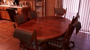 Oak table & caption chairs for Sale in Coarsegold, CA