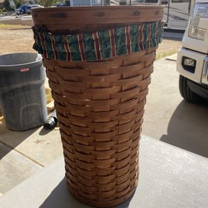 Longaberger Basket for Sale in Menifee, CA