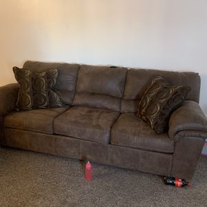 Ashley Furniture Couch & Loveseat for Sale in Mount Pleasant, MI
