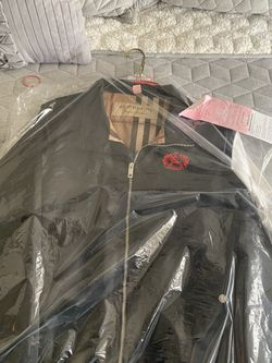 Burberry Jacket for Sale in Phoenix,  AZ