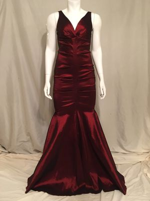 Windsor dress juniors size 9 for Sale in Phoenix, AZ
