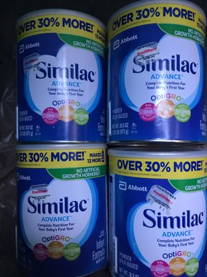 Similac (advanced). 4- big cans, 1- low price ! for Sale in Auburn, WA