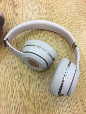 Wireless solo 3 beats for Sale in Winter Haven, FL