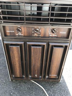8000 btu 100 $ upright ac very cold window unit for Sale in Lynn, MA