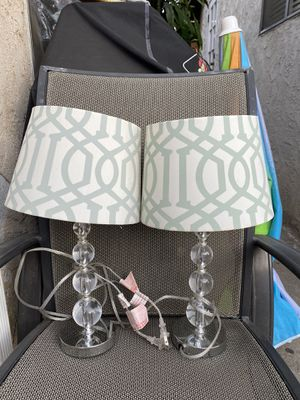 2 lamps for Sale in Bell Gardens, CA