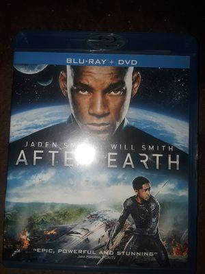 After Earth - blu ray, DVD, Digital for Sale in Rock Island, IL