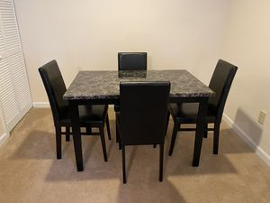 Dining/Kitchen table for Sale in Charlotte, NC