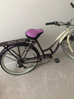 "Adult SCHWINN BICYCLE ""SANTUARY 7"" 7 - SPEED DROPPED PRICE for Sale in Fredericksburg, VA"