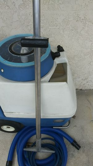 Carpet cleaner for Sale in Los Angeles, CA