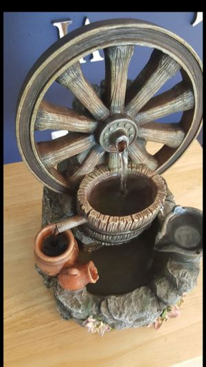 """Small water fountain h:12"""" w: 9"""" for Sale in Tampa, FL"""