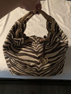 Authentic Michael Kors Large Tote Handbag for Sale in Atascocita, TX