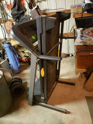 Golds gym treadmill model 450 for Sale in West Columbia, SC