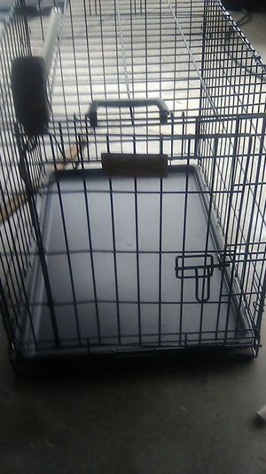 Dog Crate 30 inches long 19 width 21 height for Sale in Suisun City, CA