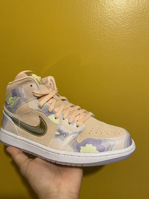 """brand new. Jordan 1 Mid """"P(her)spective for Sale in Chicago, IL"""