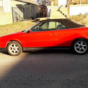 1998 Audi C. RUNS GOOD left axle needs 2 be replaced. I have the axle in hand brand new for Sale in University City, MO
