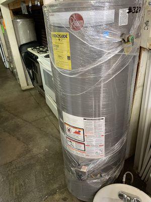 Water heater 50 galones 2 años de garantía for Sale in Los Angeles, CA