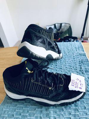 968aaf81c537 W K Sneakers for Sale in Selden