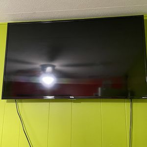 TCL Smart Roku Tv 49' for Sale in Covina, CA