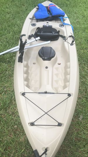 Fishing Kayak - Like new! for Sale in NEW PRT RCHY, FL