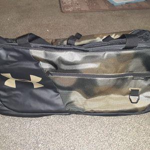 Under Armour Undeniable 4.0 Medium Duffle Bag for Sale in Auburn, WA