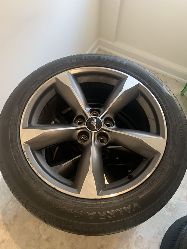 Mustang rims size 18