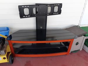 Flat screen TV stand for Sale in Palm Bay, FL