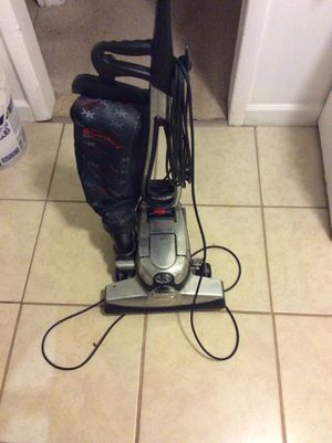Vacuum cleaner for Sale in Greensboro, NC