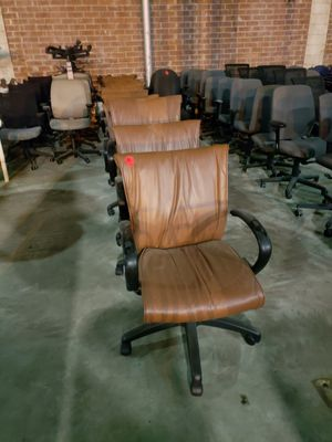 Nice office chairs rolling for Sale in Tampa, FL