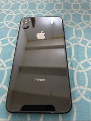iPhone XS Max Black 256gb at&t 900$ for Sale in The Bronx, NY