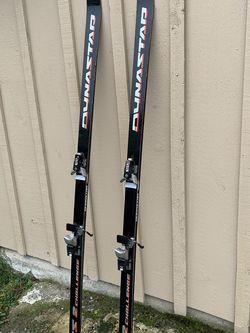6 Feet Ski 🎿🎿🎿🎿 Good Shape for Sale in Bellevue,  WA