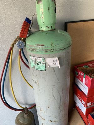 100 pounds R-22 freon for Sale in St. Cloud, FL