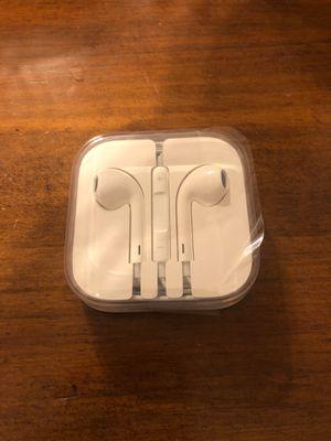 Apple earbud headphones- brand new for Sale in Saint Paul, MN