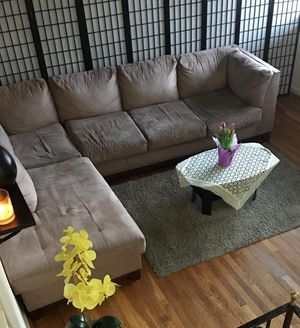 Sectional sofa for Sale in Silver Spring, MD