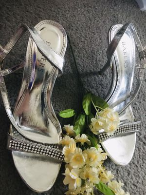 Bakers heels on sale size 7.5 for Sale in Corona, CA