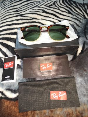 Ray bans sunglasses for Sale in El Paso, TX