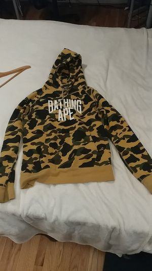 VNDS Bape 1st Camo NYC Logo Pullover Hoodie in Yellow for Sale in Aurora, OR