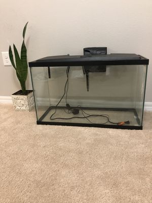 30 gallon aquarium with hood, lights and filter for Sale in Cary, NC