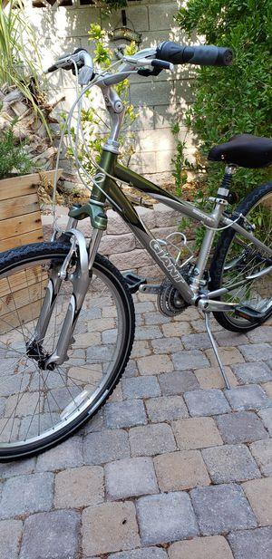 "26"" Giant Sedona women's bike for Sale in Las Vegas, NV"